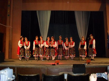 """Пролетен концерт на Народен хор """"Българка"""""""