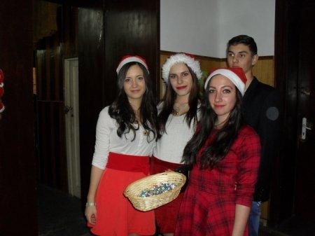 """Коледно тържество на Гимназия """"Д-р Иван Панов"""""""