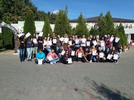"""Петя Стоилова от 11.Б клас на ПГ """"Д-р Иван Панов""""  стана  част от младежкия обмен на тема : """"Work up""""."""