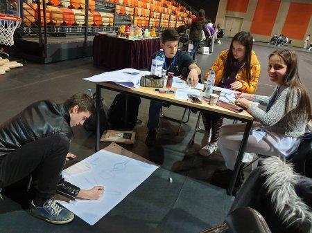 """Достойно представяне на ученичка от ПГ """"Д-р Иван Панов"""" на състезанието AUBG Multitalent Quest"""